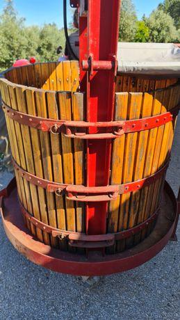 Prensa uvas hidráulica com centralina