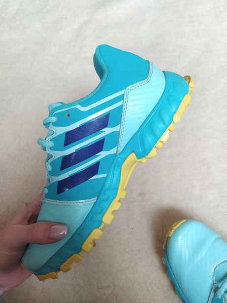 Трейлові кросівки adidas