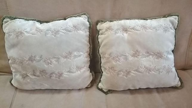 подушки диванные 2 штуки