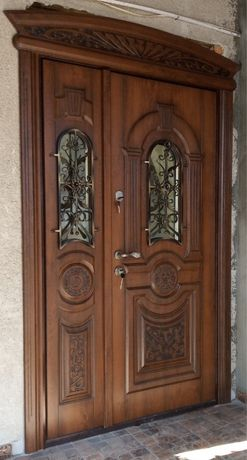 Двері вхідні вуличні
