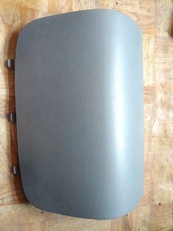 Заглушка подушки airbag пасажира vivaro trafic