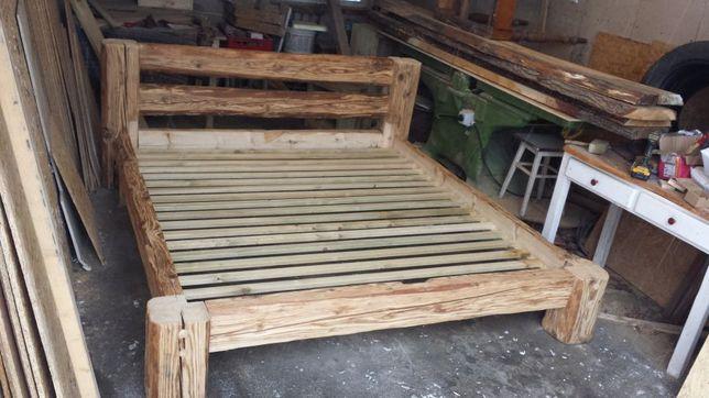 Łóżko ze starego drewna bali rustykalne