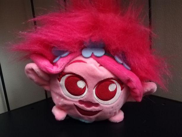 Pluszak maskotka zabawka Dream Works Heros trolle Poppy różowy troll