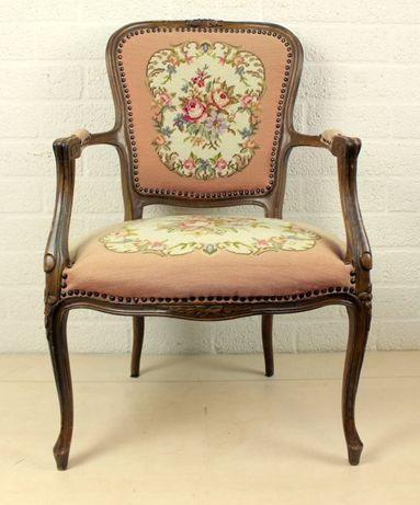 Дамське крісло в стилі Людовика ХVI