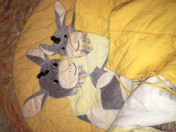 Защита в кроватку или манеж