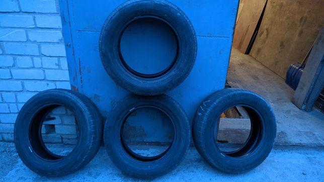 Резина зимняя 215/60/R16 Bridgestone Blizzak