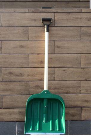 Лопата для прибирання снігу
