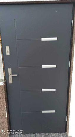 Drzwi 90 antracyt