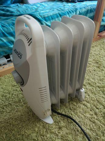 Mini aquecedor a óleo - 4 varetas