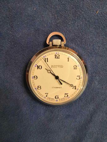 Новые часы восток. Карманые.