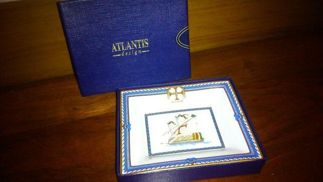 Cinzeiro Atlantis Novo
