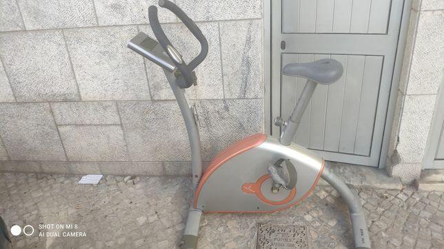 Bicicleta estática Domyos  VM-560
