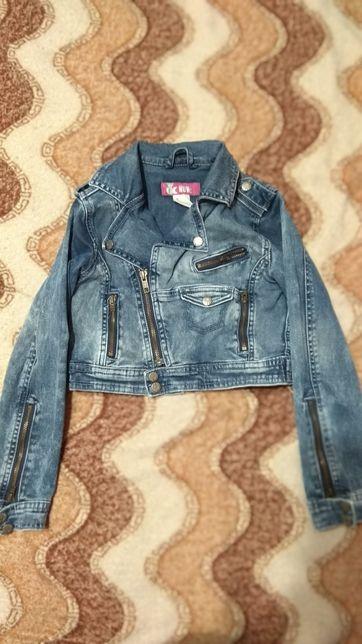 Піджачки, джинси, спідниці, сарафани, кофтинки на дівчинку 8-11 років