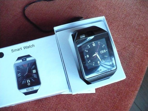 Nowy zegarek sportowy z kamerką SmartWatch