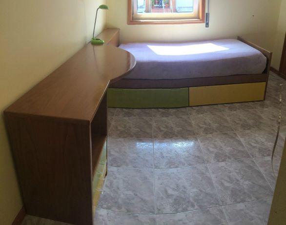 Mobília de quarto de solteiro