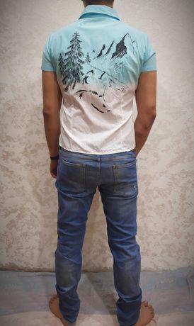 Рубашка мужская белая / голубая с принтом