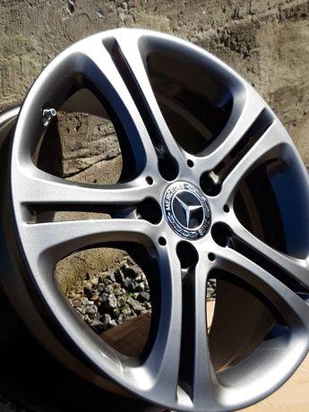 Новые ОРИГИНАЛ литые диски R17 Mercedes CLA c117 V class 447 Tourer