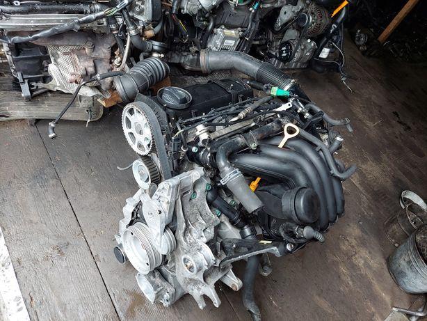 Двигатель 1.6 AHL Пассат б5 Ауди а4 / Мотор 1.6 Passat b5 Audi a4