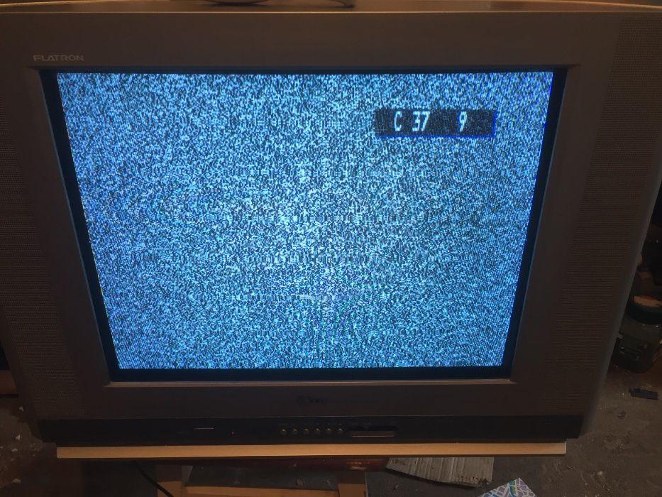 Телевизор цветной не плоский Киев - изображение 1