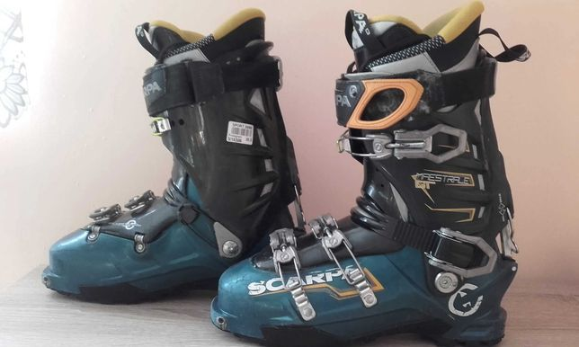 Buty narciarskie / skitourowe