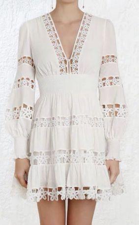 Продам белое нарядное платье