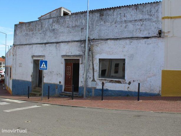 Loja localizada na freguesia de Garvão, concelho de Ourique