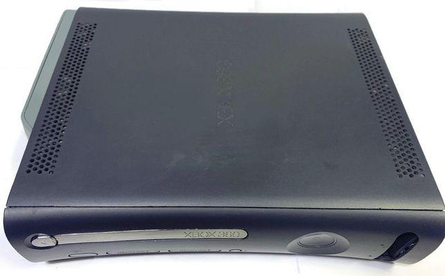 Xbox 360 20 GB + zasilacz + gry