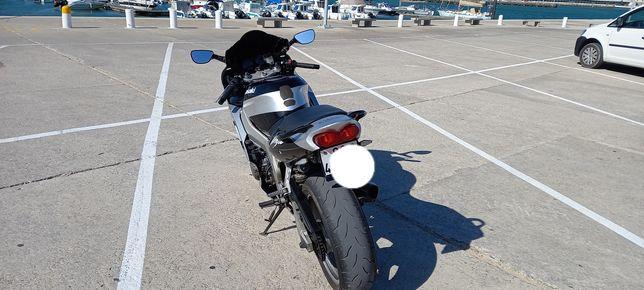 Kawazaki  ninja 600 troco por carro