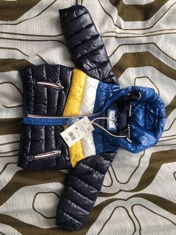 Курточка для хлопчика нова