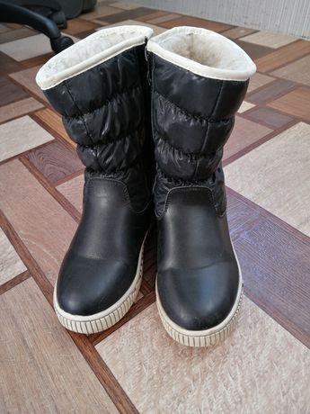 Сапожки, чоботи зимові дівчинка