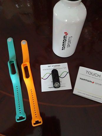Relogio fitness TOMTOM Sports com duas braceletes