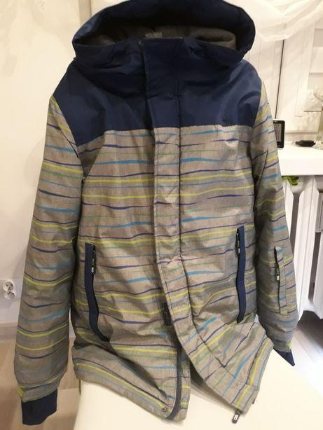 Sprzedam kurtkę zimową chłopięcą 164 rozmiar