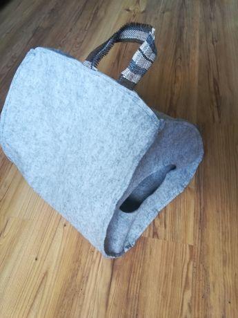 Filcowa budka domek dla kota