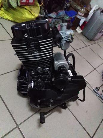 Новый мотор 200 кубов
