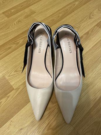 Продам туфли размер 39