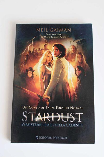 """Livro- """"Stardust- o mistério da estrela cadente"""""""