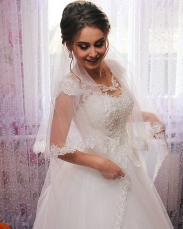 Весільна сукня / плаття