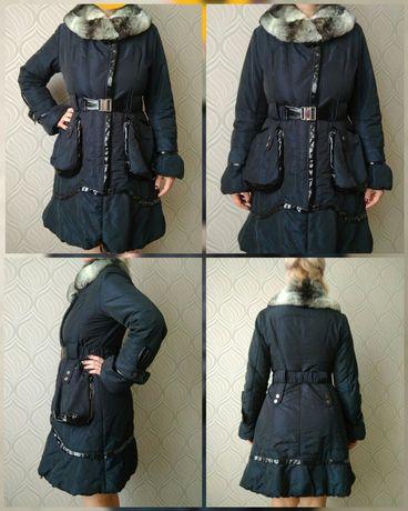 Модное пальто с натуральным воротником шиншилла
