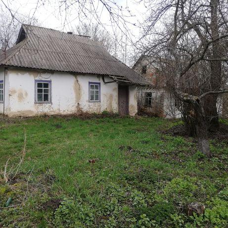 Продам будинок/ділянку (під будівництво нового)