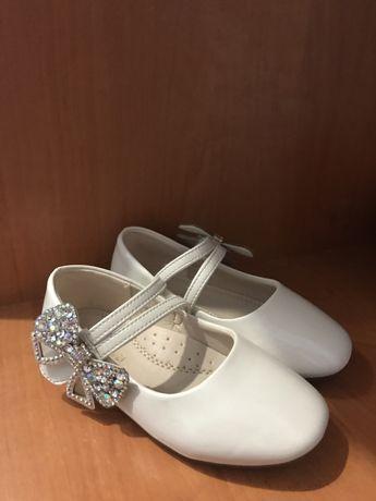 Туфелькие 27 размер на девочку