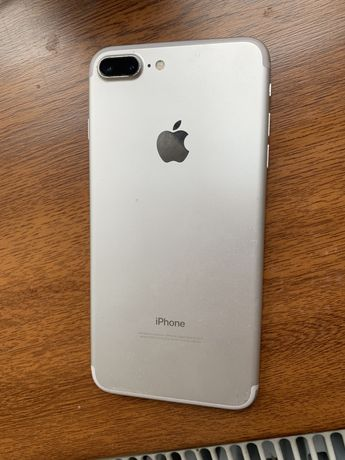 Продам Iphone 7 Plus В идеальном состояние