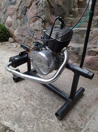Silnik WSK 125 po remoncie