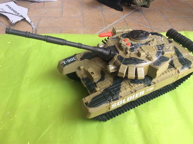 Soldier Force Tank e autopropulsão - para Colecionadoras