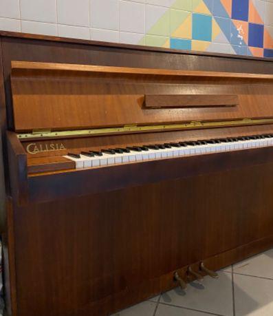 Pianino Calisia używane niedrogo