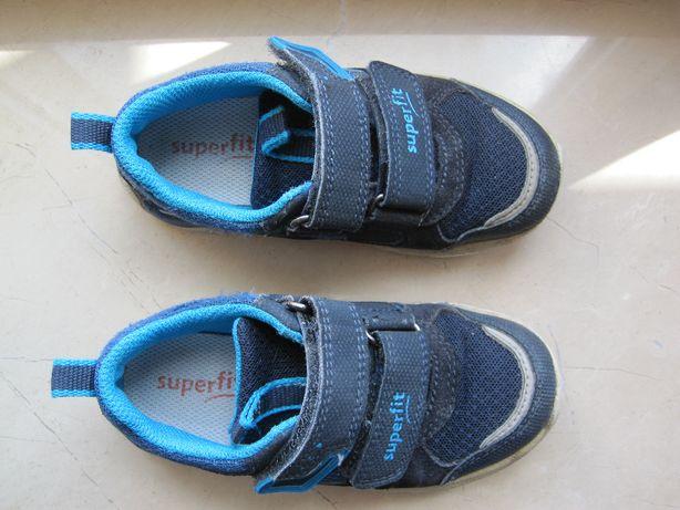 Sprzedam buty dziecięce firmy Superfit rozmiar 26