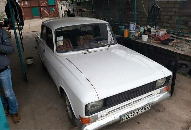 Продам Москвича.