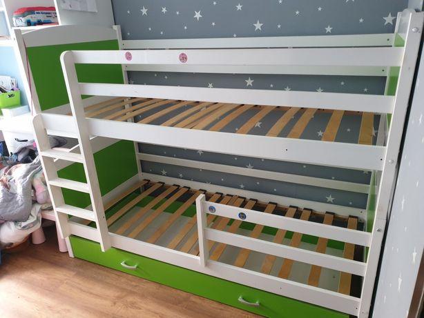 Łóżko piętrowe z szufladą
