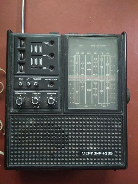 Радио МЕРЕДИАН 235