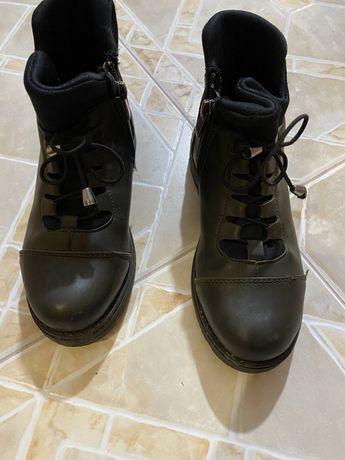 Демисезонные ботинки для девочки 31