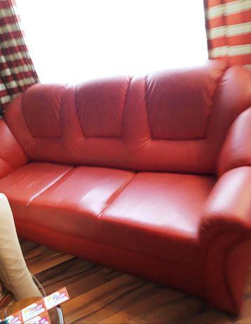 Sofa 3osobowa czerwoną 2sztuki
